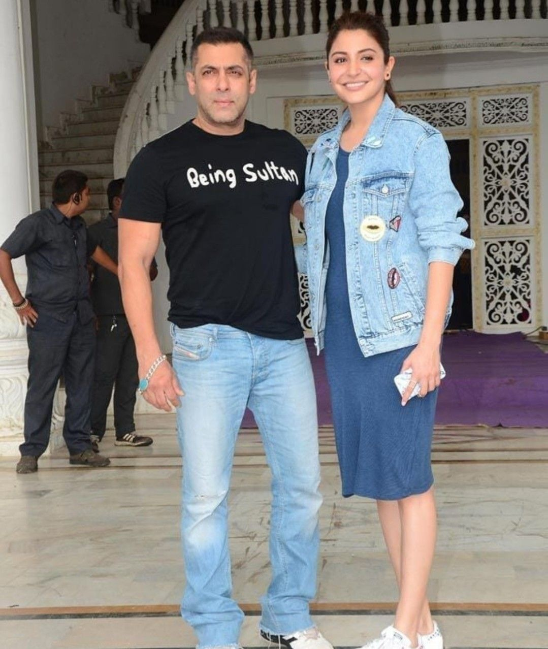 Anushka sharma with Salman Khan Bollywood actors, Salman
