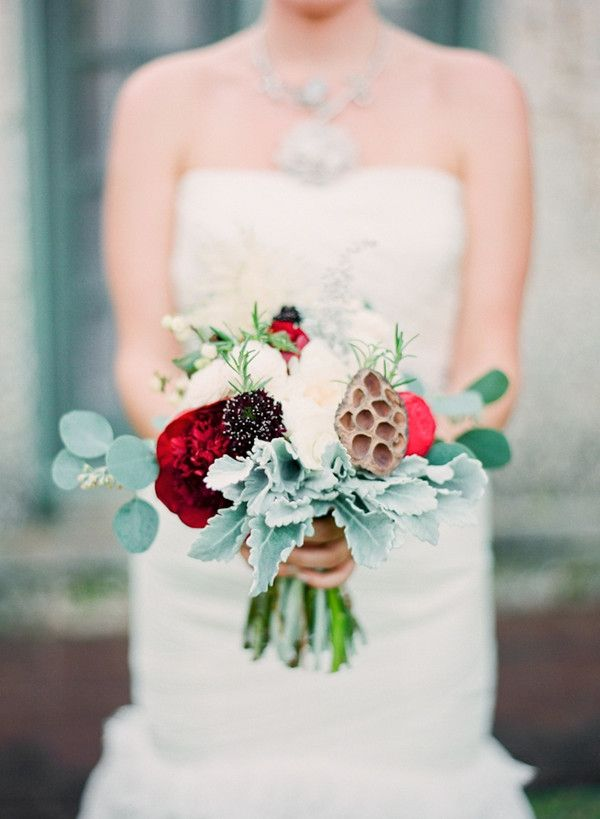 10 Ways to Save Your Wedding Budget #fantasticweddingbouquets