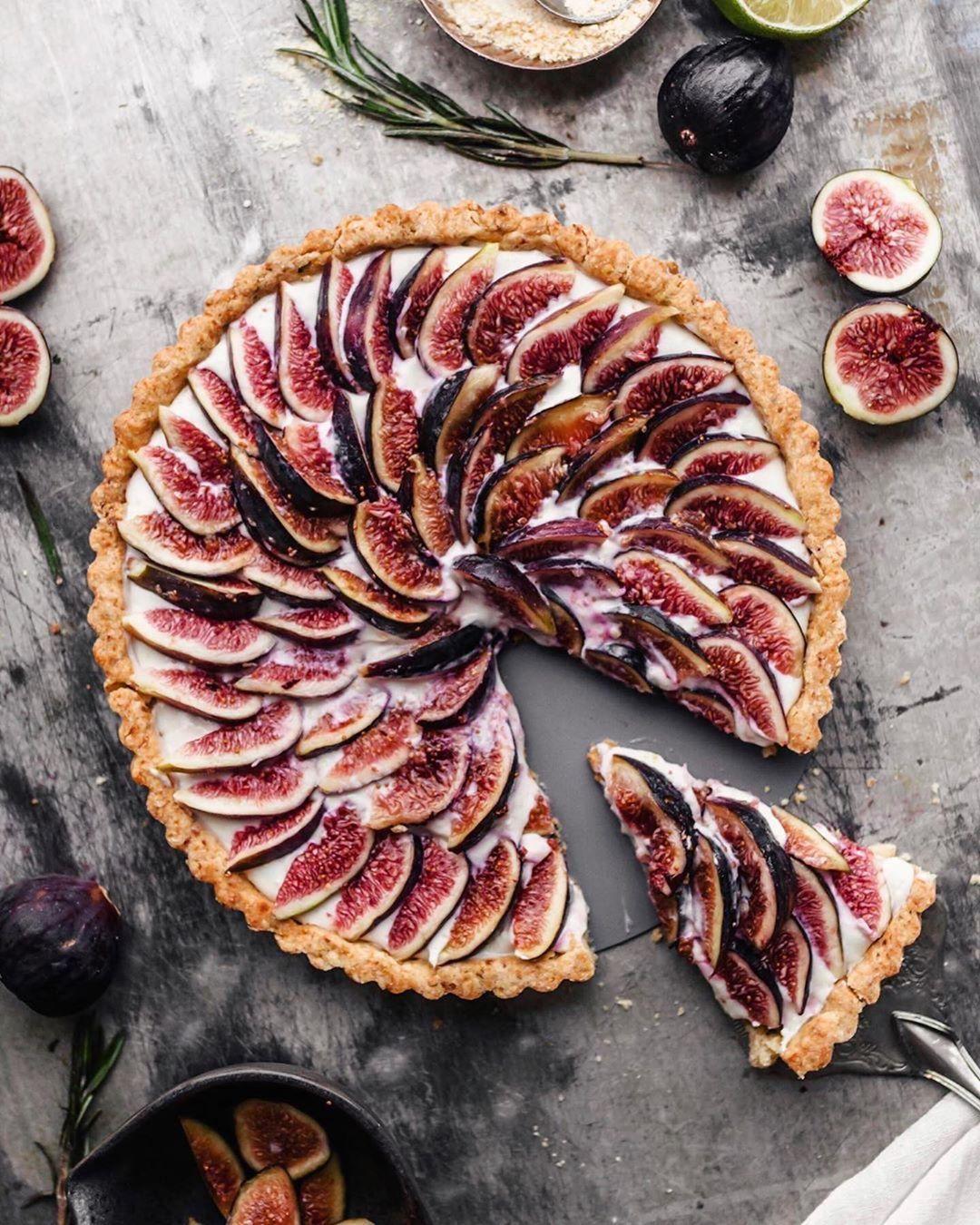 Best Of Vegan On Instagram Vegan Lemon Mascarpone Fig Tart With Rosemary Crust By Hannah Chia Crust 1 1 2 Cups Flour 1 2 In 2020 Fig Tart Food Vegan Desserts