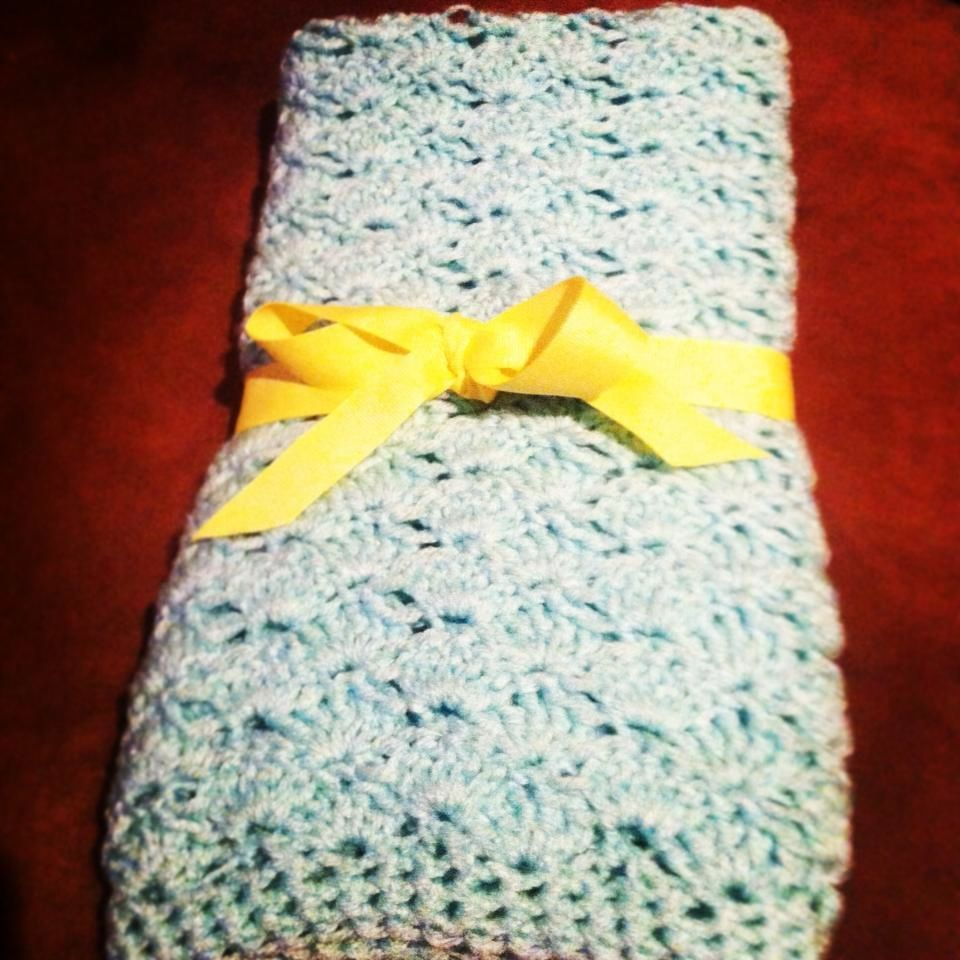 Knit Shell Stitch Baby Blanket : crochet baby blanket shell stitch Baby blanket Pinterest