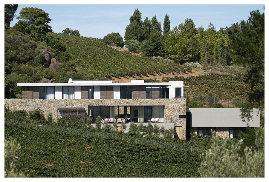 Hillside House by GASS Architecture 01