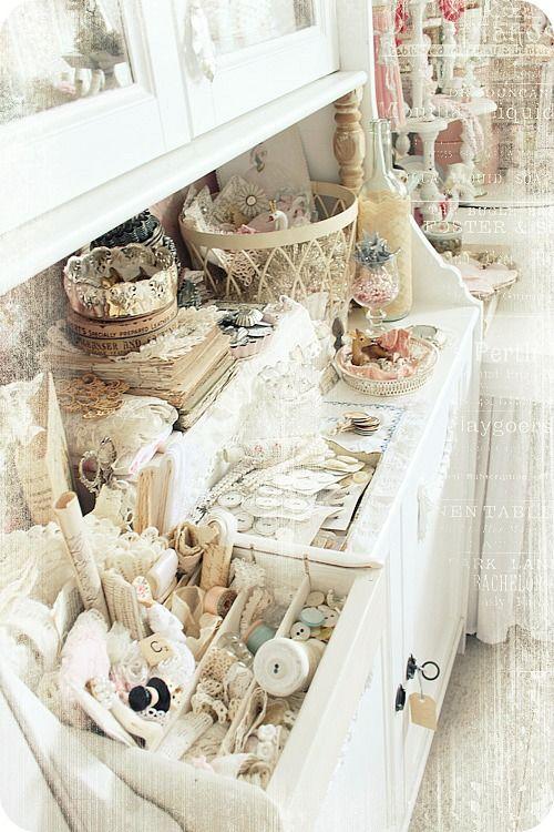 Ja doch noch'n Möbl! Vintage craft room, Dream craft