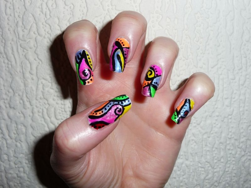 Funky and Colorful Nail Art Design with Black Swirls and Dots - Funky And Colorful Nail Art Design With Black Swirls And Dots Nail