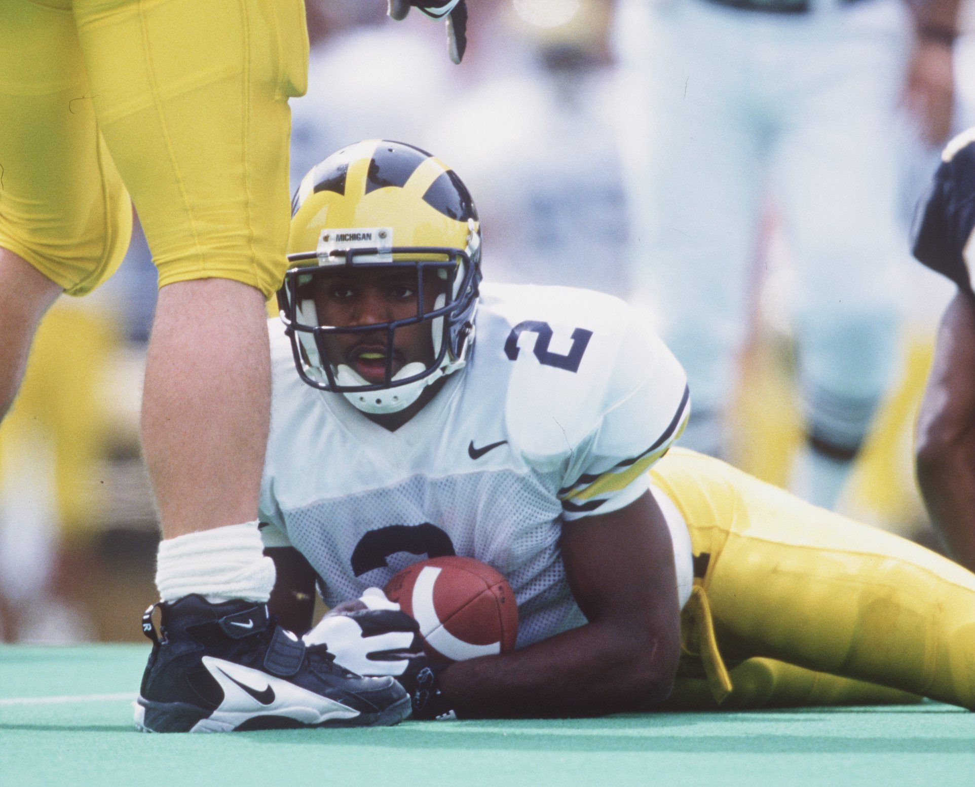 How to Play Defensive Back or Safety in Football