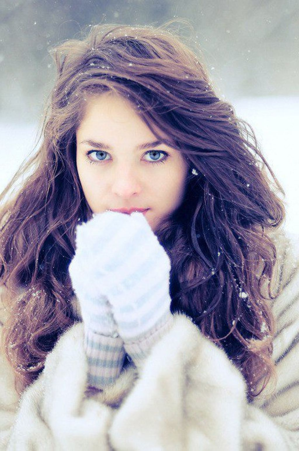tumblr girls brown hair blue eyes make up pinterest