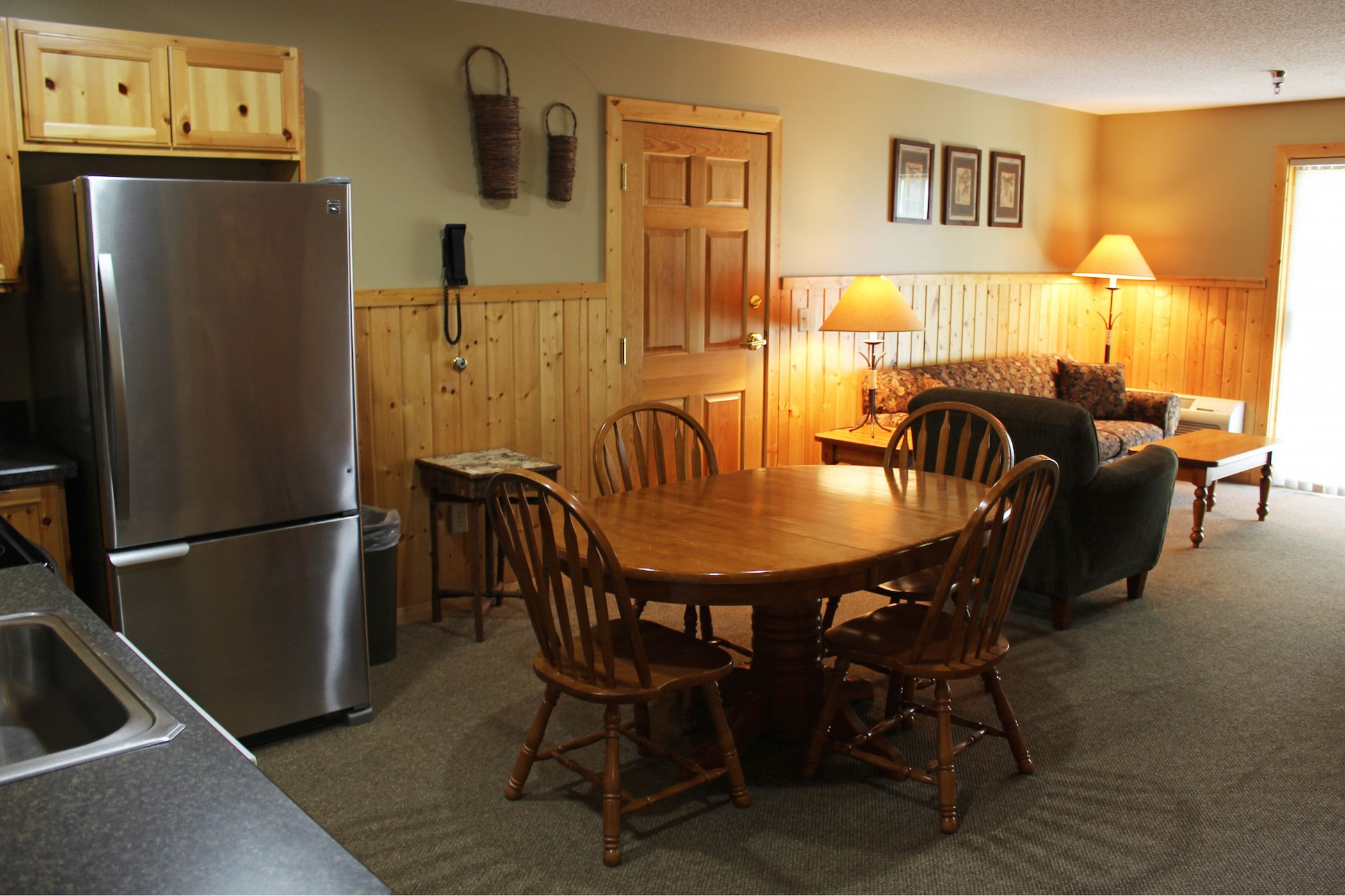 Lakefront Lodge Room Rentals in Minnesota Lake lodge, Lodge