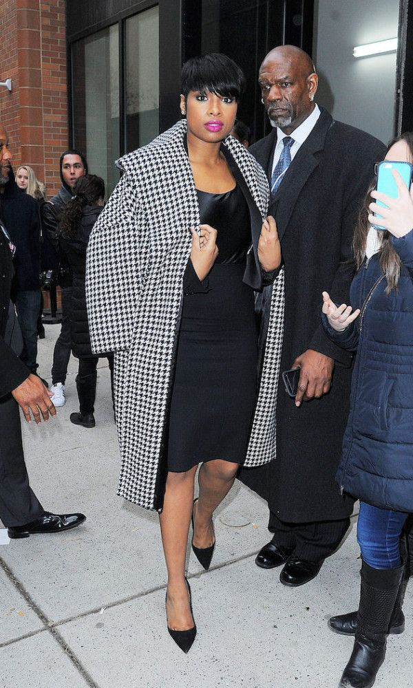 Fabulous Looks Of The Day: February 18th, 2016