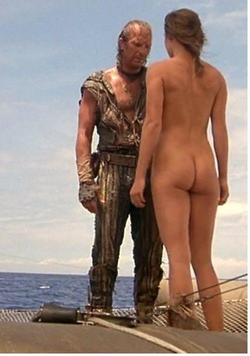 jeanne tripplehorn nude in waterworld