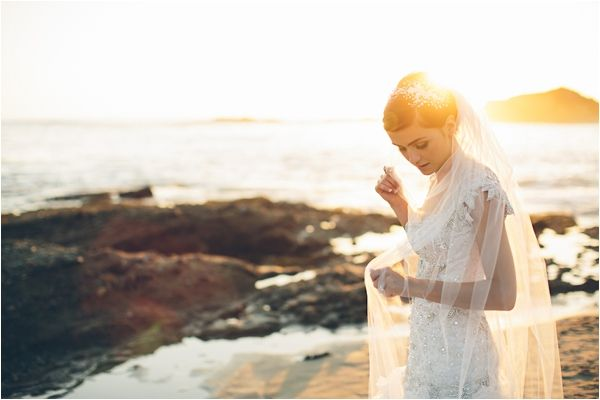 Luxurious Balboa Bay Club and Resort Wedding in Newport Beach by Codrean Photography and Film via Le Magnifique Blog