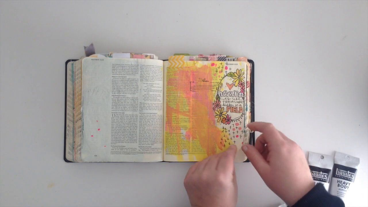 A flip though my journaling bible with Shanna Noel for Illustrated Faith