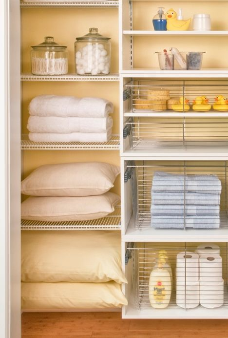 Tips for Keeping the Linen Closet Tidy! Linen closet