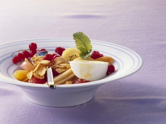Cornflakes mit Joghurt und Fruchtsalat ist ein Rezept mit frischen Zutaten aus der Kategorie Obstsalat. Probieren Sie dieses und weitere Rezepte von EAT SMARTER!