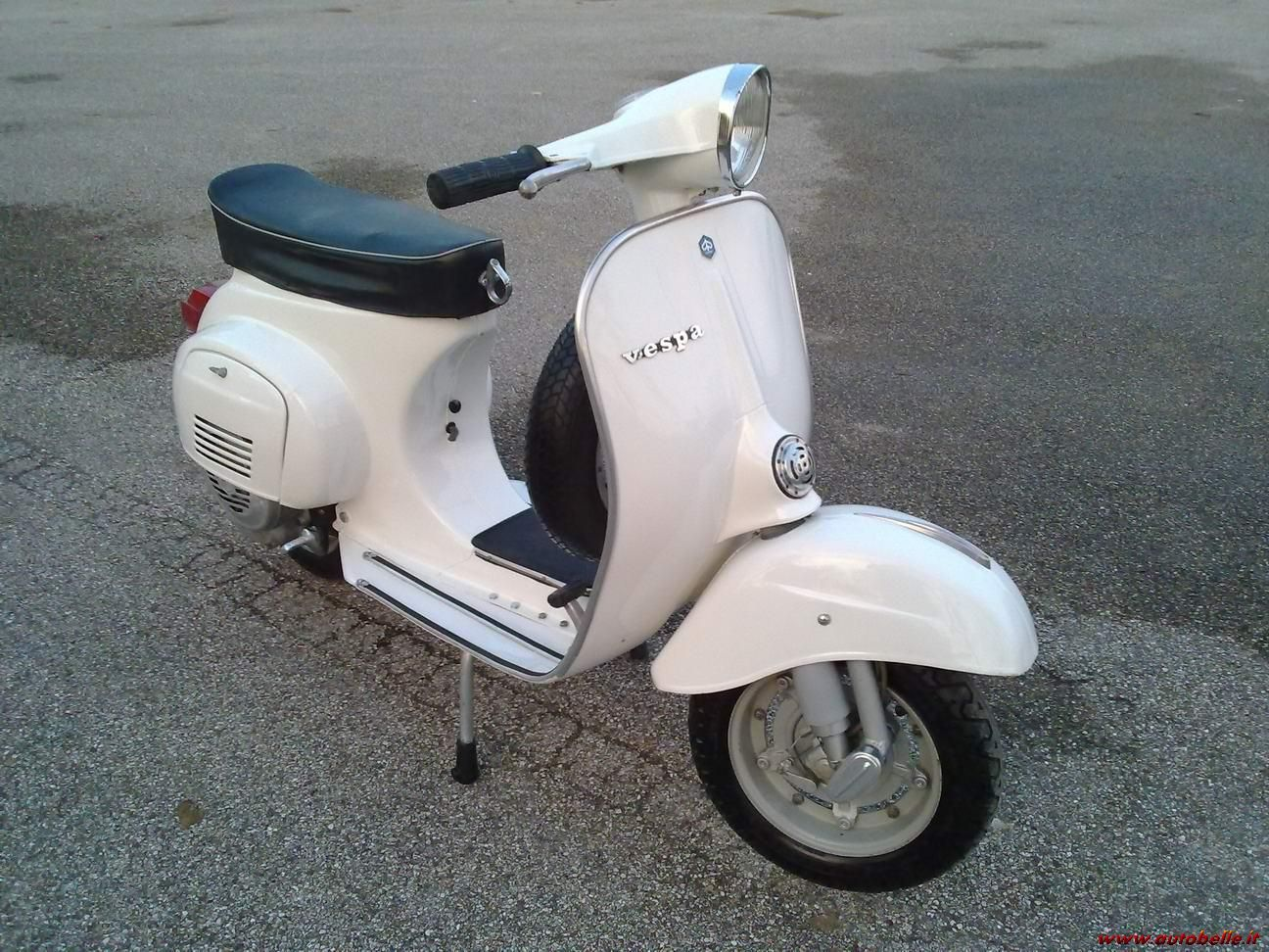 piaggio vespa 125 primavera vespa pinterest vespa. Black Bedroom Furniture Sets. Home Design Ideas