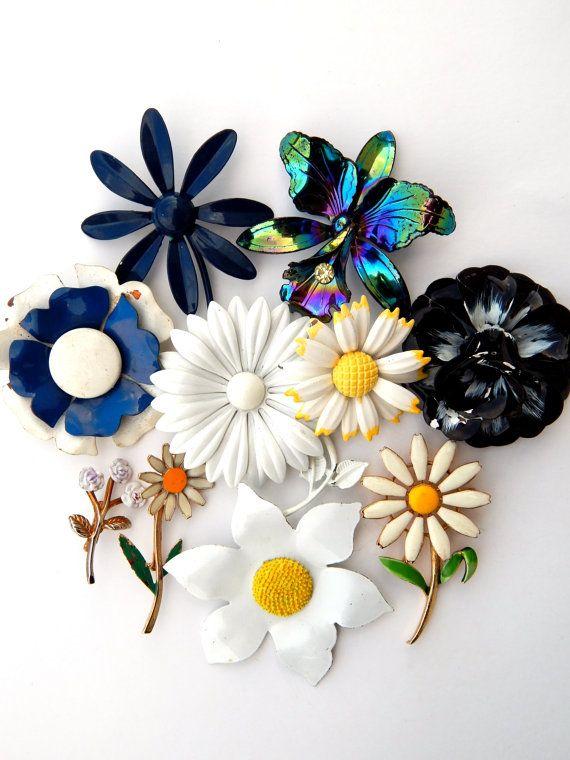 Jewelry Lot Vintage Enamel Flower Pins Brooches, Groovy Flower Jewelry Black White Blue Iridescent, Enamel Flower Bridal Bouquet