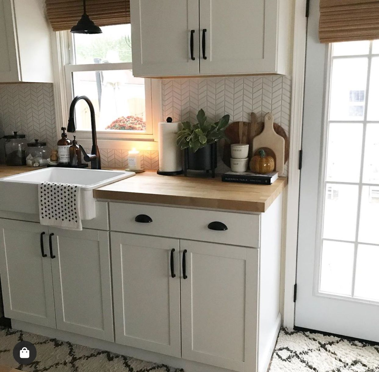 Small kitchen | Small kitchen renovations, Small kitchen ...