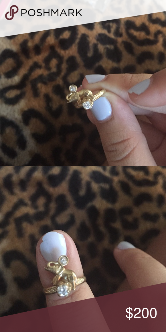 Elephant ring gold with diamond Ring for little girl it's gold and has a diamond Jewelry Rings