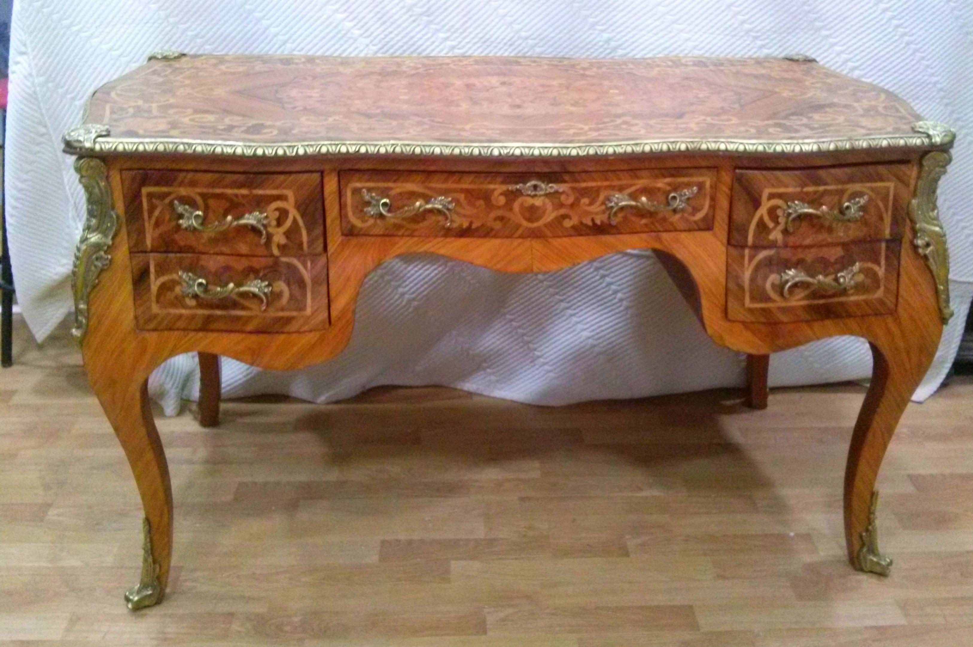 Muebles de madera antiguos interesting finest aparador - Como limpiar muebles de madera antiguos ...