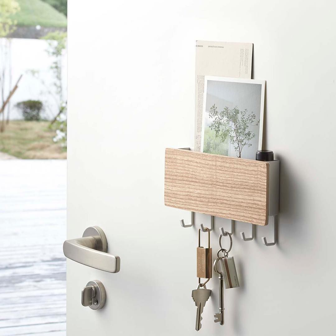 Magnetic Key Organizer From Yamazaki It Contains Many Hooks For Keys And Has A Shelf On Top To Hold Other Items For Entryway Key Holder Decor Small Entryways