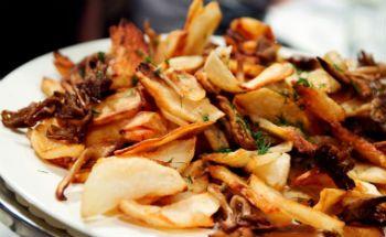 жареные опята с картошкой с фото