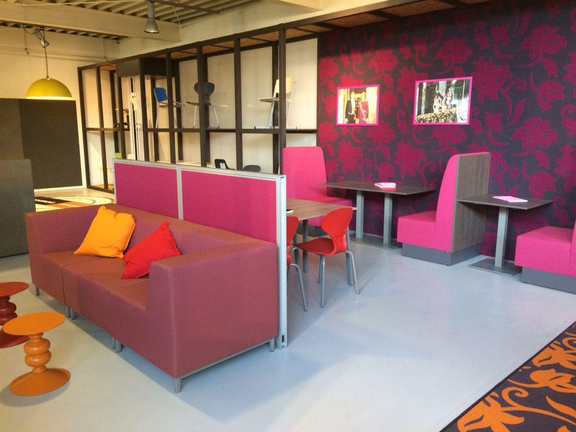 Samen en alleen leren in een rustige ruimte @eromesmarko showroom. Leuk met workshop Barbarainspires!
