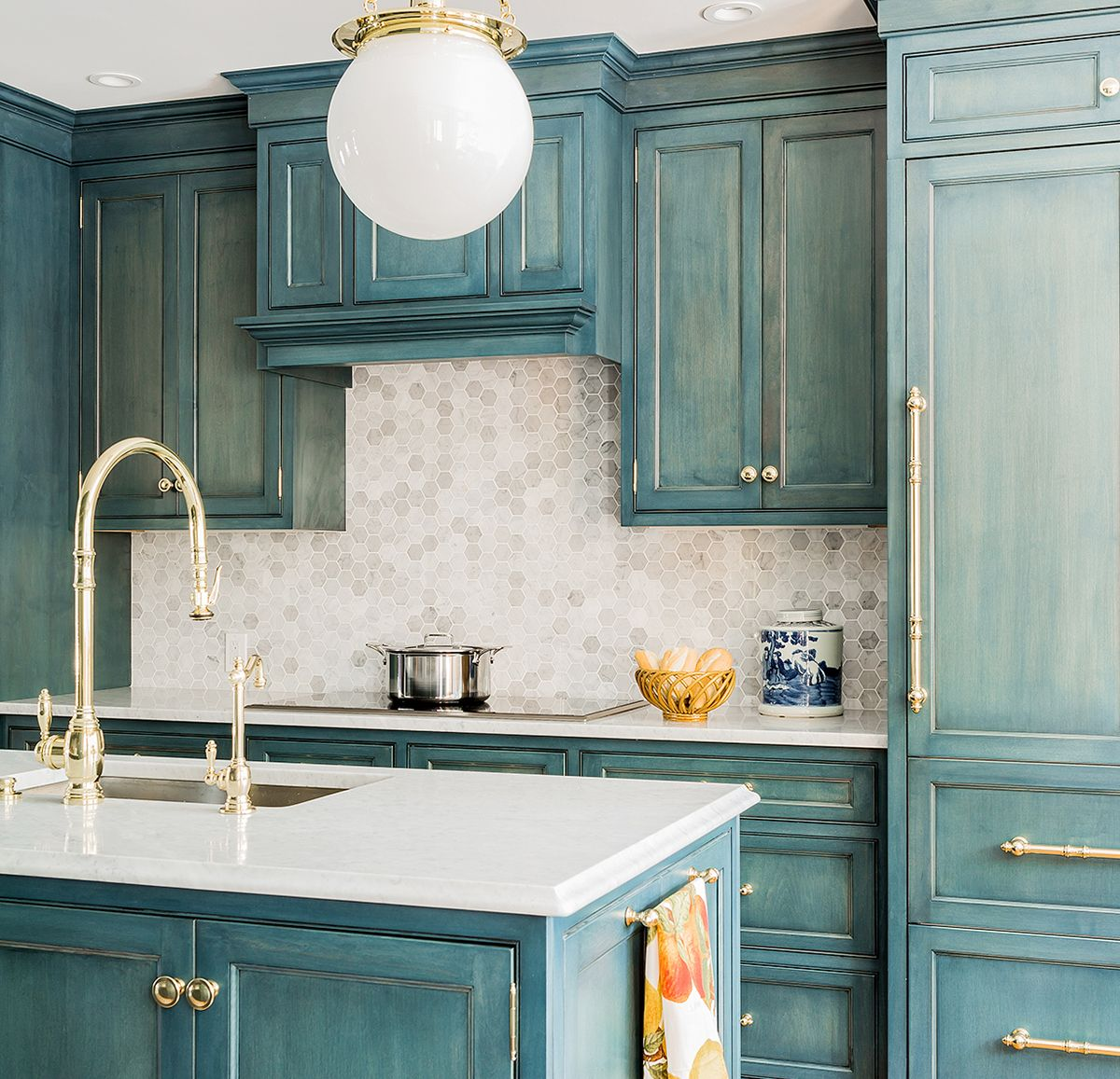 7 Of The Coolest Kitchens From Around The World | Kitchen ...