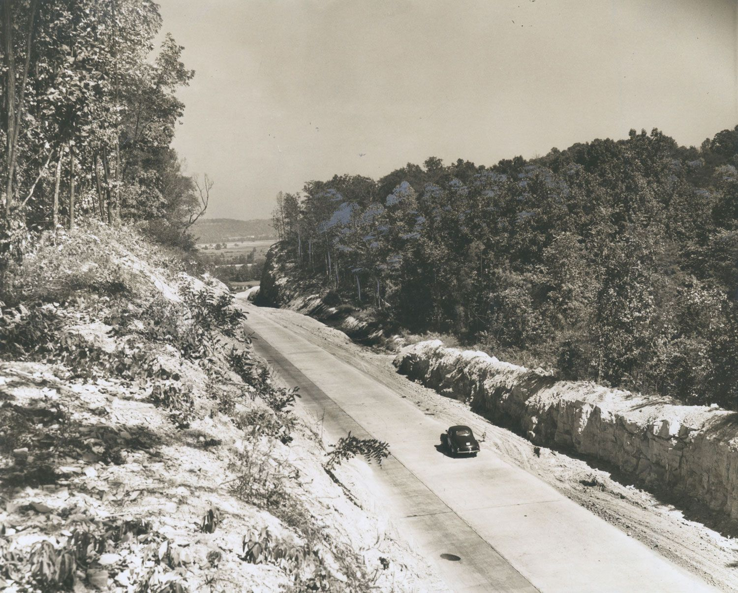 Dixie Highway near Louisville, Ky., Sept. 1940