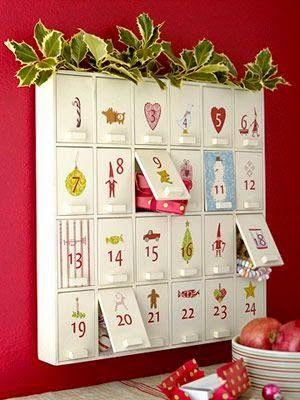 Calendario de adviento con forma de mueble