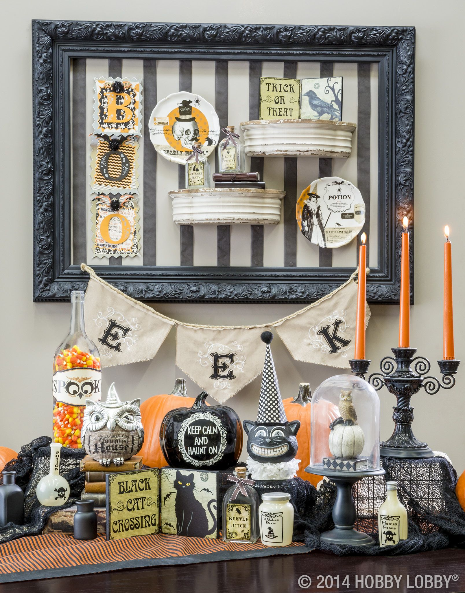 We love these grinning critters and spooky items for Halloween decor - halloween decor ideas pinterest