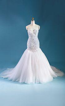 I Ve Pretty Much Decided M Wearing A Disney Wedding Dress When