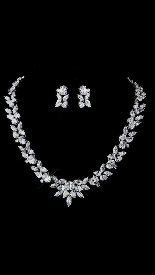 Pin By Dimpy Nain On Jewellery Bridal Jewelry Sets Wedding Jewelry Sets Bridal Necklace