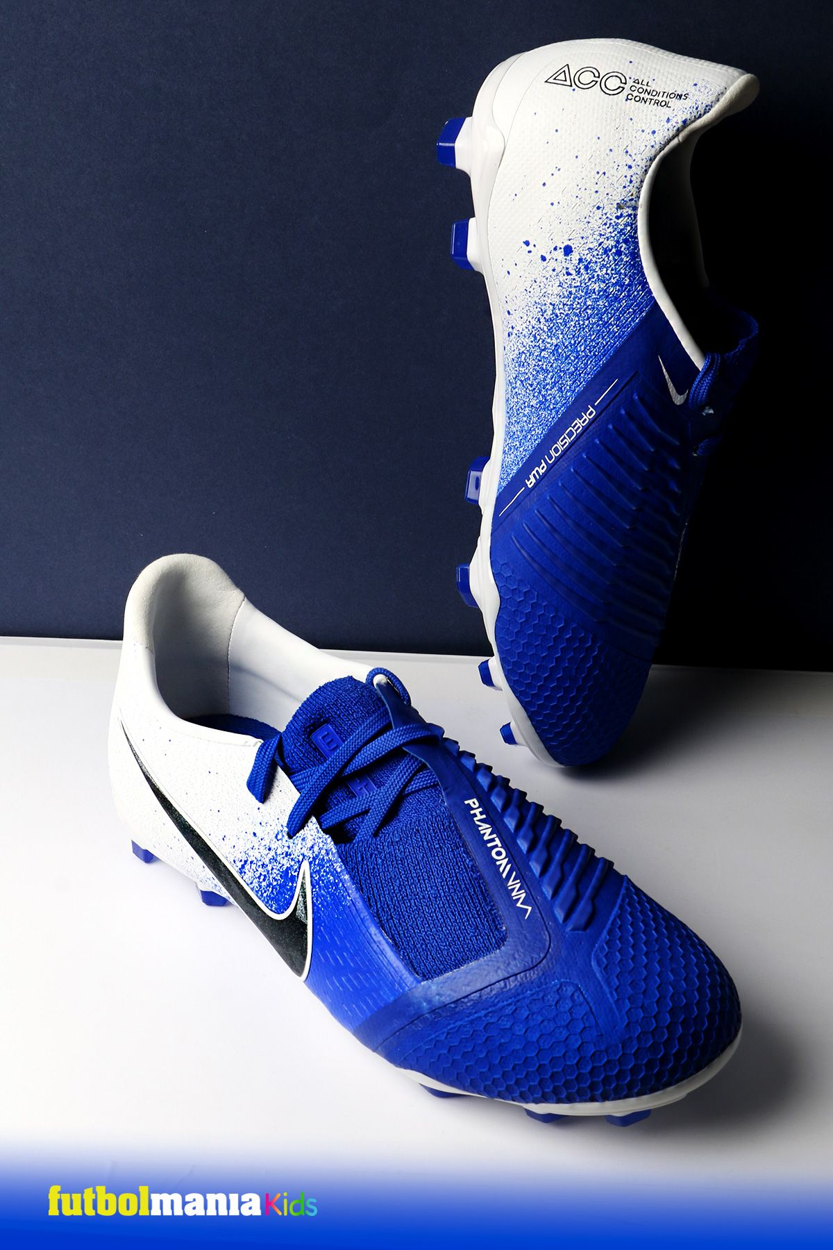 Exclusión Saludar factor  Nike Phantom Venom Niño | Zapatos para jugar futbol, Zapatos de fútbol,  Tacos nike
