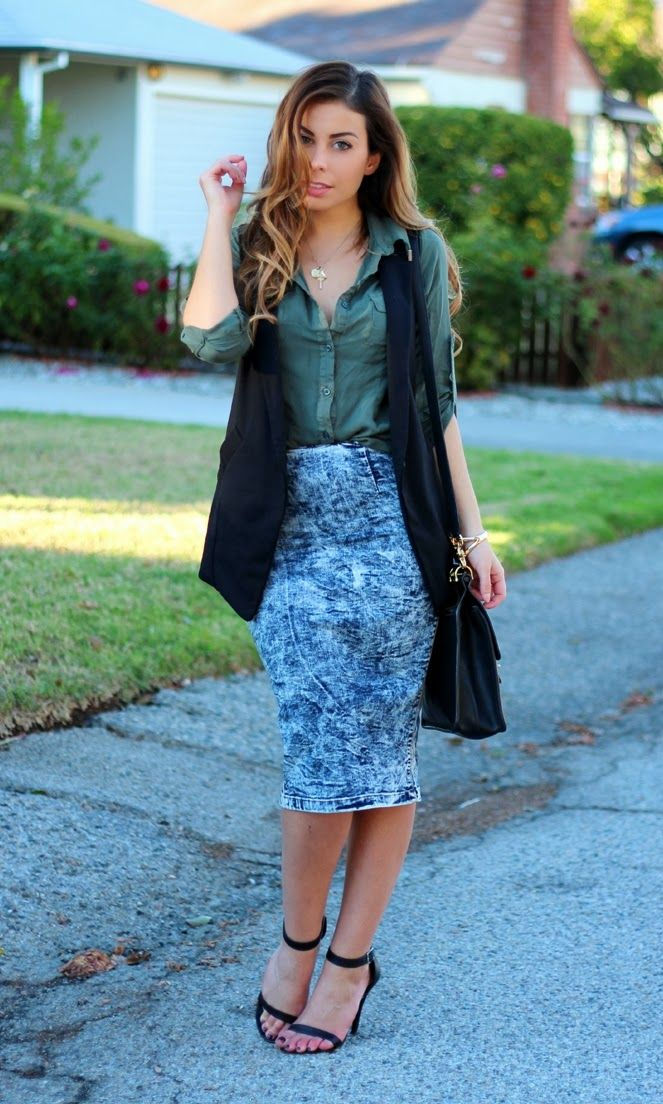 Olive Green Outfit Of The Day: Stiletto Beats Wearing Acid Wash Midi Skirt And Olive
