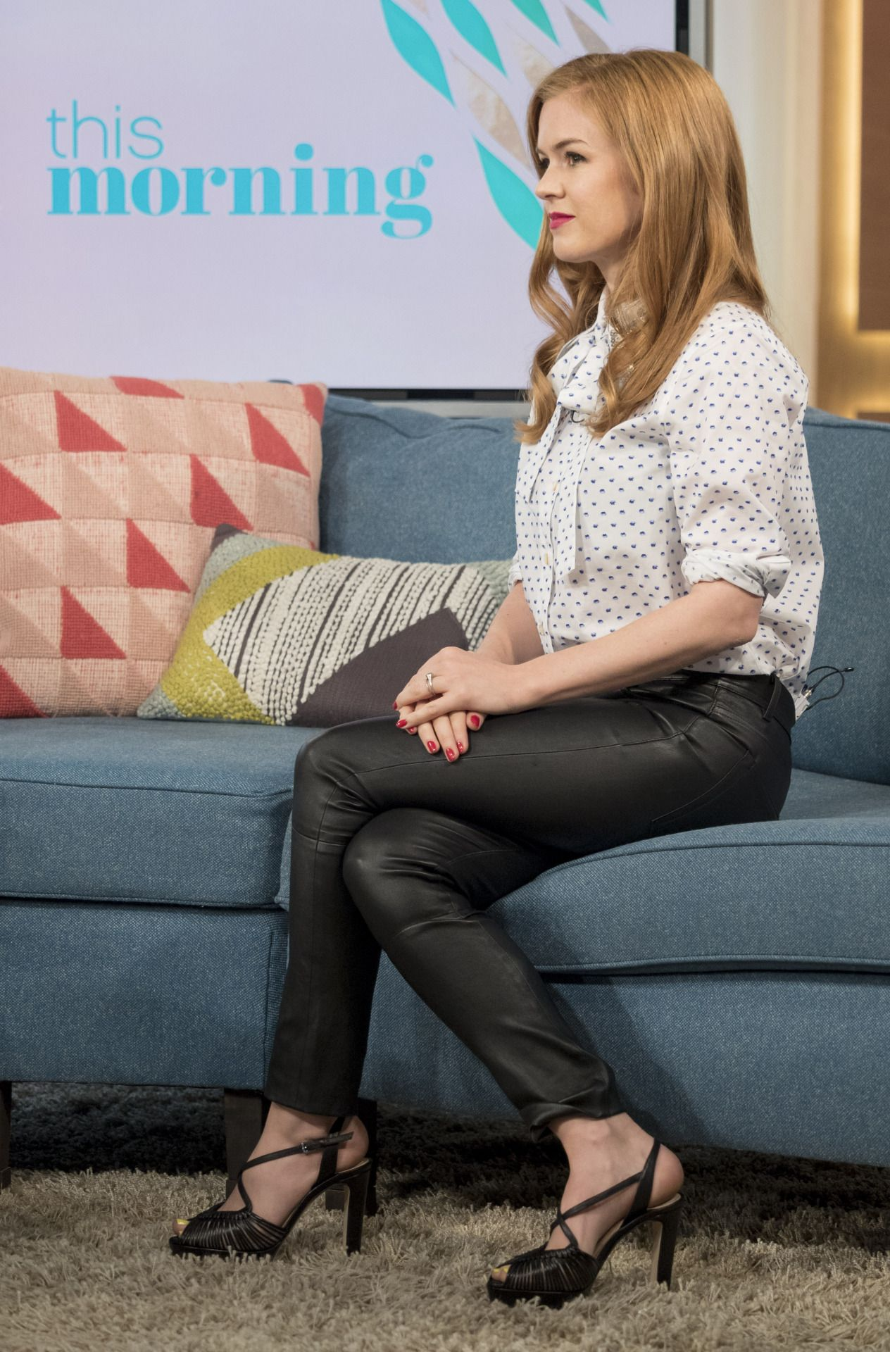 """Isla Fisher at the """"This Morning"""", London (29 July, 2016) (With images) 