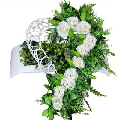 Stroik Na Grob Serce Rattan Kompozycja Na Cmentarz Floral Wreath Floral Wreaths
