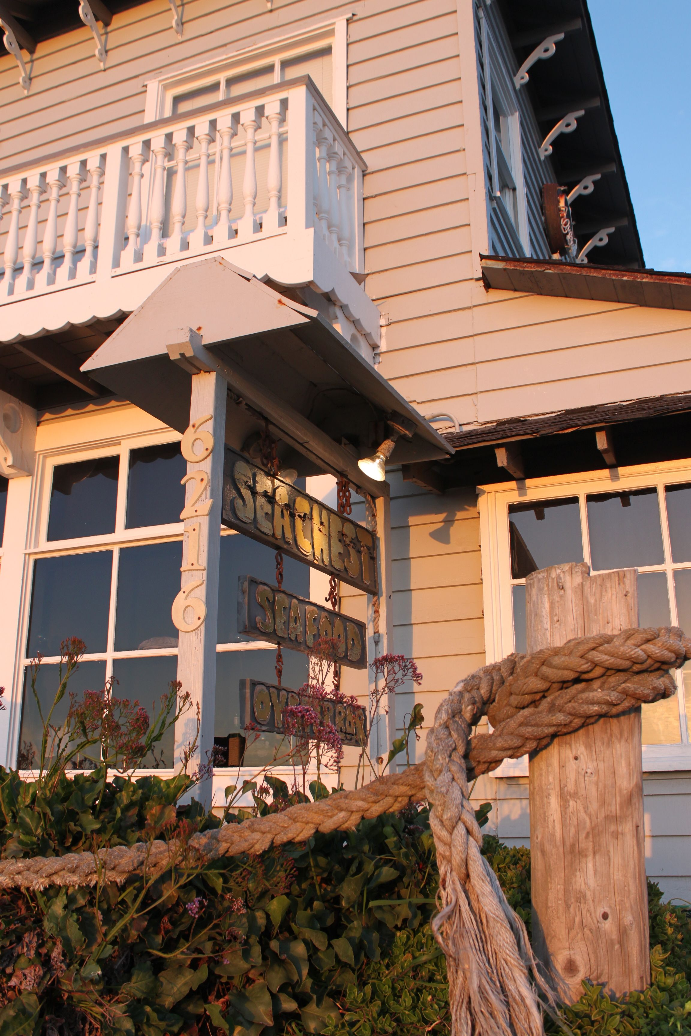 Sea Chest Restaurant In Cambria Ca Must Try Restaurants