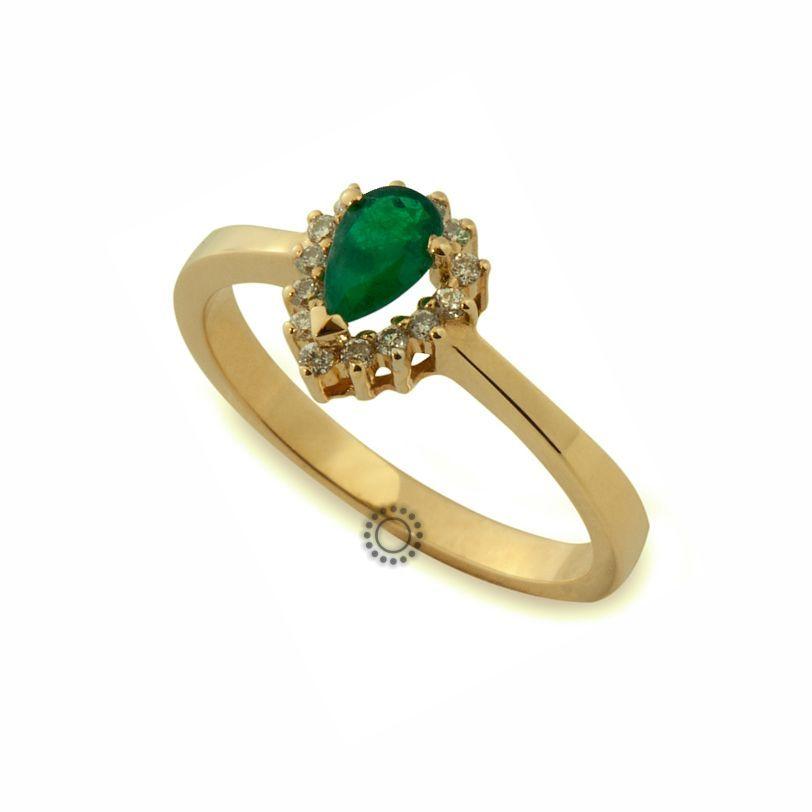 Ένα διαχρονικό δαχτυλίδι ροζέτα χρυσό Κ18 με δάκρυ σμαράγδι  amp  διαμάντια  μπριγιάν  6acd6b58834