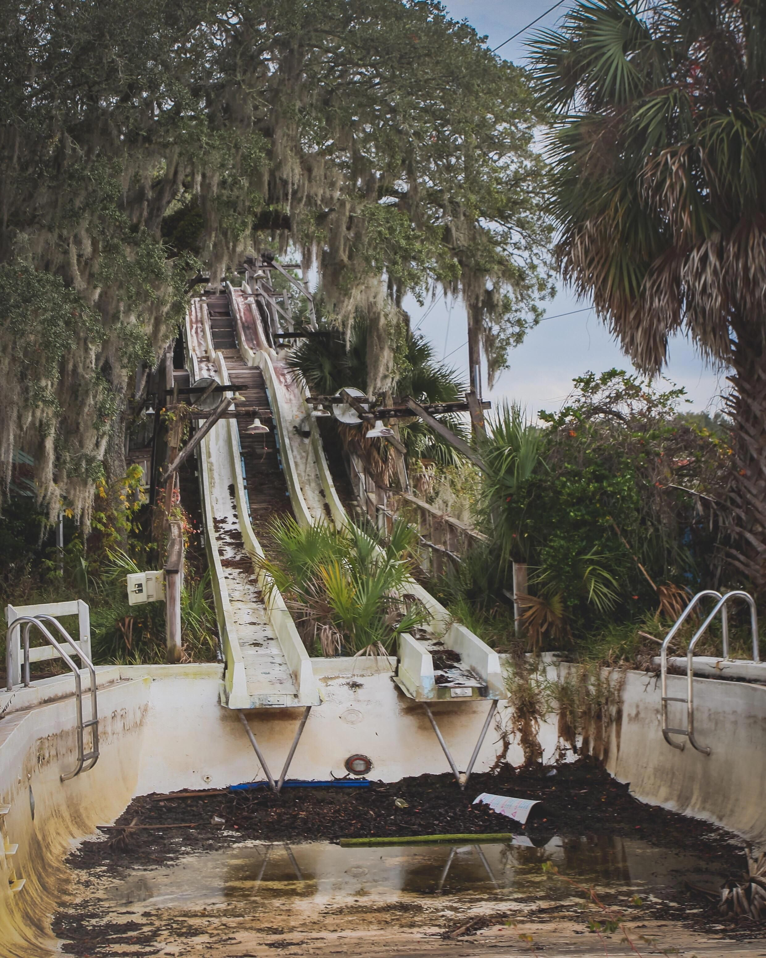 Abandoned Water Park In Florida (oc)(1500x2500