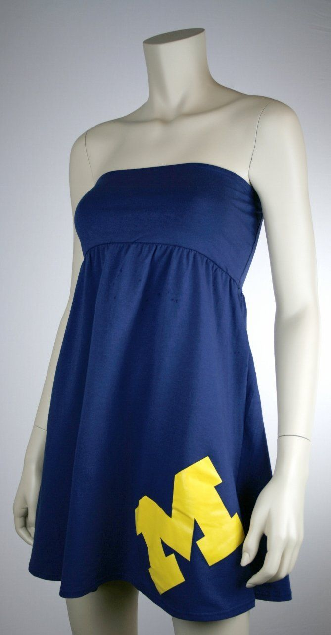 a2095dfe86aa4 Amazon.com  University of Michigan Wolverines Womens Tube Style Cotton Dress  - Sideline Dress- Large Logo  Clothing