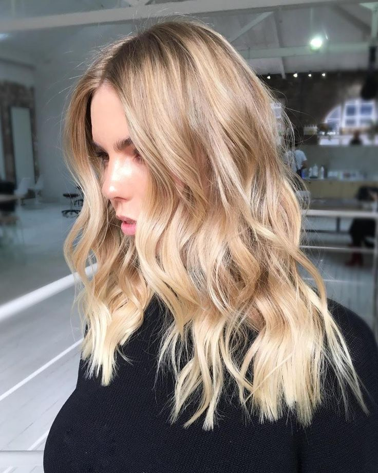 """Photo of Edwards And Co. on Instagram: """"#babylights and a #livedin #blonde + foil #highlights + toned with #babyblond @christopherobinparis. Colour by…"""""""