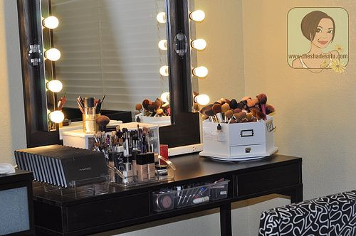 my makeup vanity set up with diy lighted mirror the shades of u makeup makeup pinterest. Black Bedroom Furniture Sets. Home Design Ideas