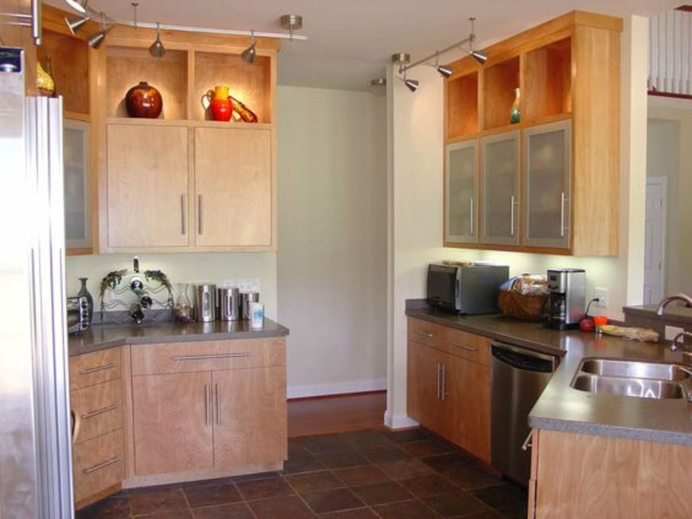Modern Light Stained Kitchen Cabinetry, Frosted Glass ...