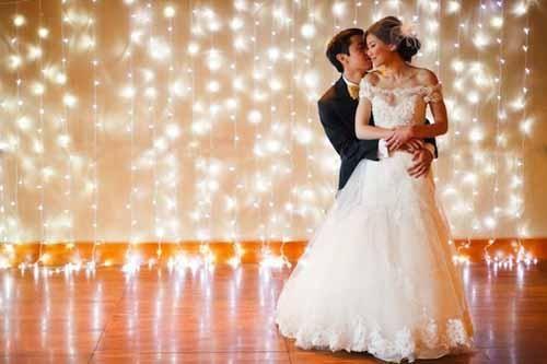 12 Fun And Creative Wedding Ceremony Backdrops