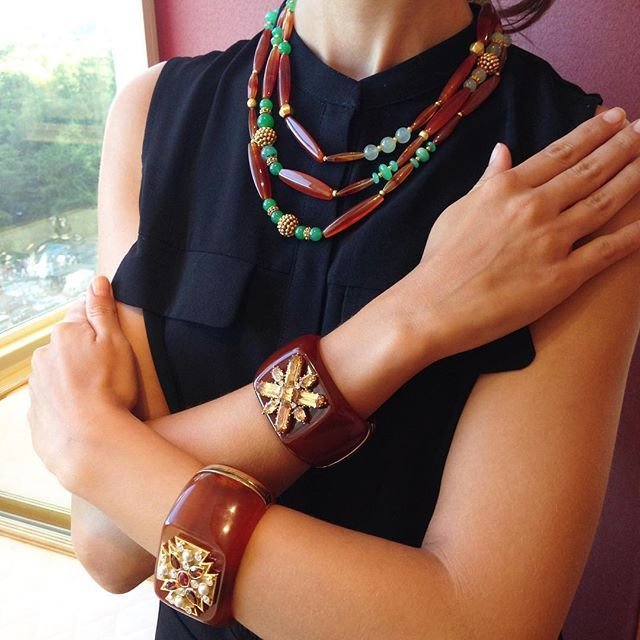 Currently coveting this carnelian look for fall #falljewelry #veryverdura