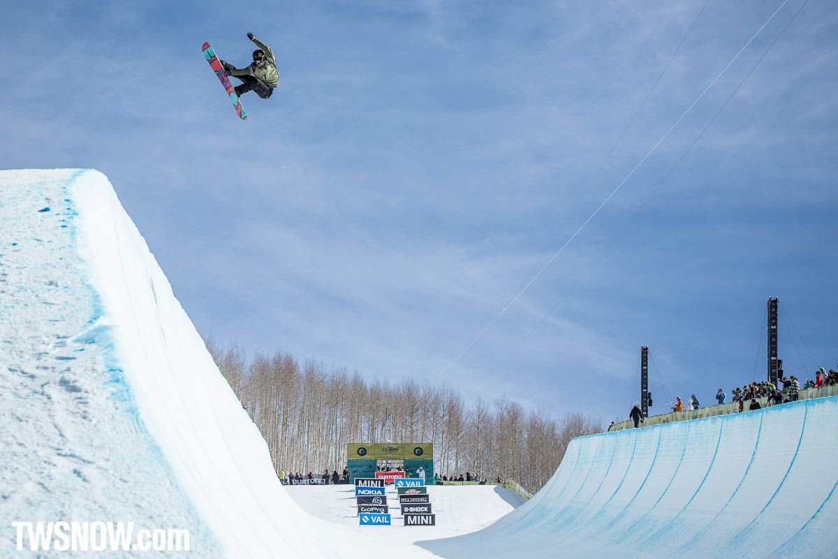 Kelly Clark with a sick frontside grab! She took the win for the ladies.  PHOTO: Aaron Blatt   Shaun White and Kelly Clark win the Halfpipe at the Burton US Open at Vail Colorado   TransWorld SNOWboarding