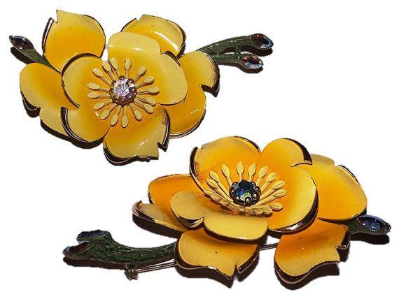 Vintage Brooch Lisner Brooch Flower Brooch by CommonCentsThrift