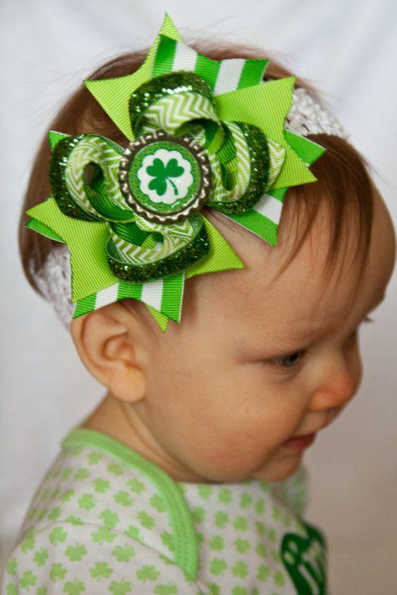 Patrick/'s Day Hair Bow~Shamrock Hair Bow~Basic Hair Bow~Boutique Hair Bow~Small Hair Bow~Hair Bows~Girls Hair Bows~Baby Headbands~Bows St