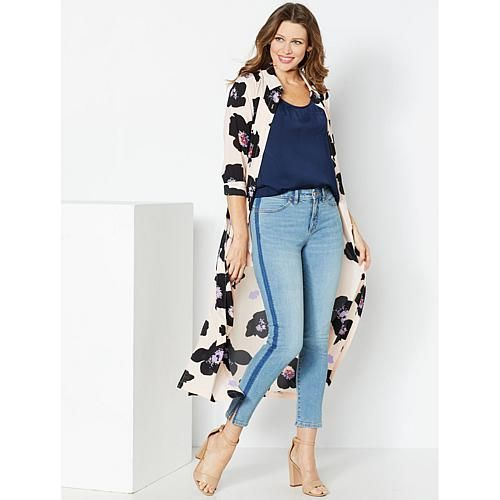 G by Giuliana G-Sculpt™ 10 Ankle Jean Whether you're curvy or slim, this side-slit jean flatters with a lengthening contrast stripe. But the best part is the innovative G-Sculpt denim offers a comfortable, shape-retaining fit all day.