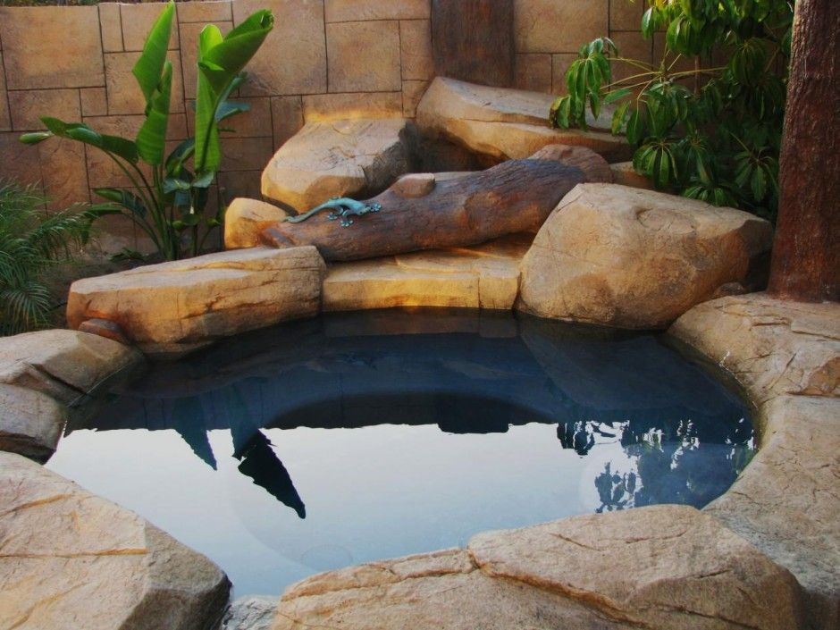 Hot Tub Design Ideas 25 best ideas about backyard hot tubs on pinterest modern deck lighting duke at work and hot tubs Wonderful Nature Stone Hexagon Outdoor Hot Tub In