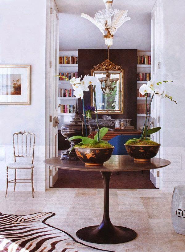 Cincosolocinco decoraci n mesa tulip de eero saarinen - Complementos decoracion salon ...