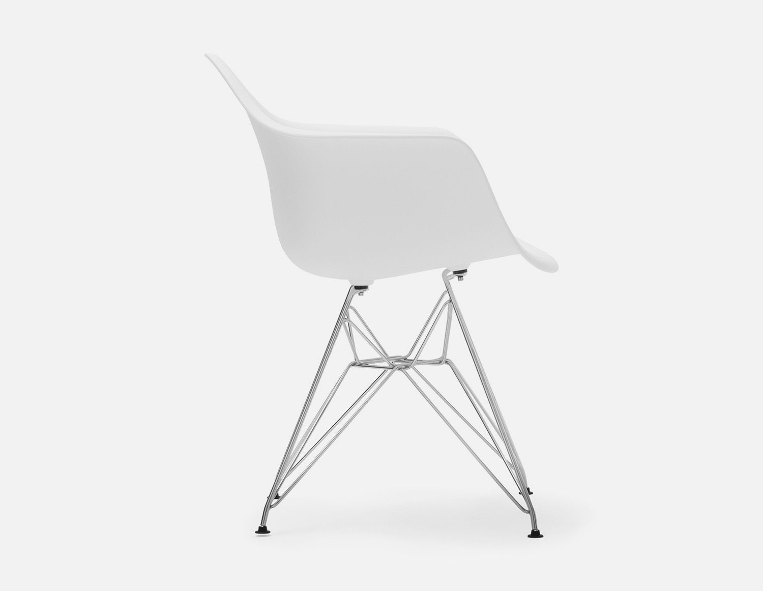 White Chair With Armrests And Metal Legs Structube Eiffel